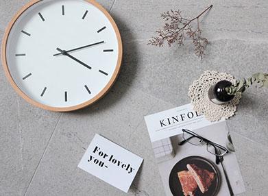 在项目开发过程中,如何使用 PHP来获取当前时间,或者特定时间
